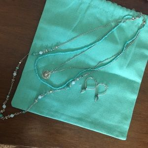 Teal as silver necklace and earrings